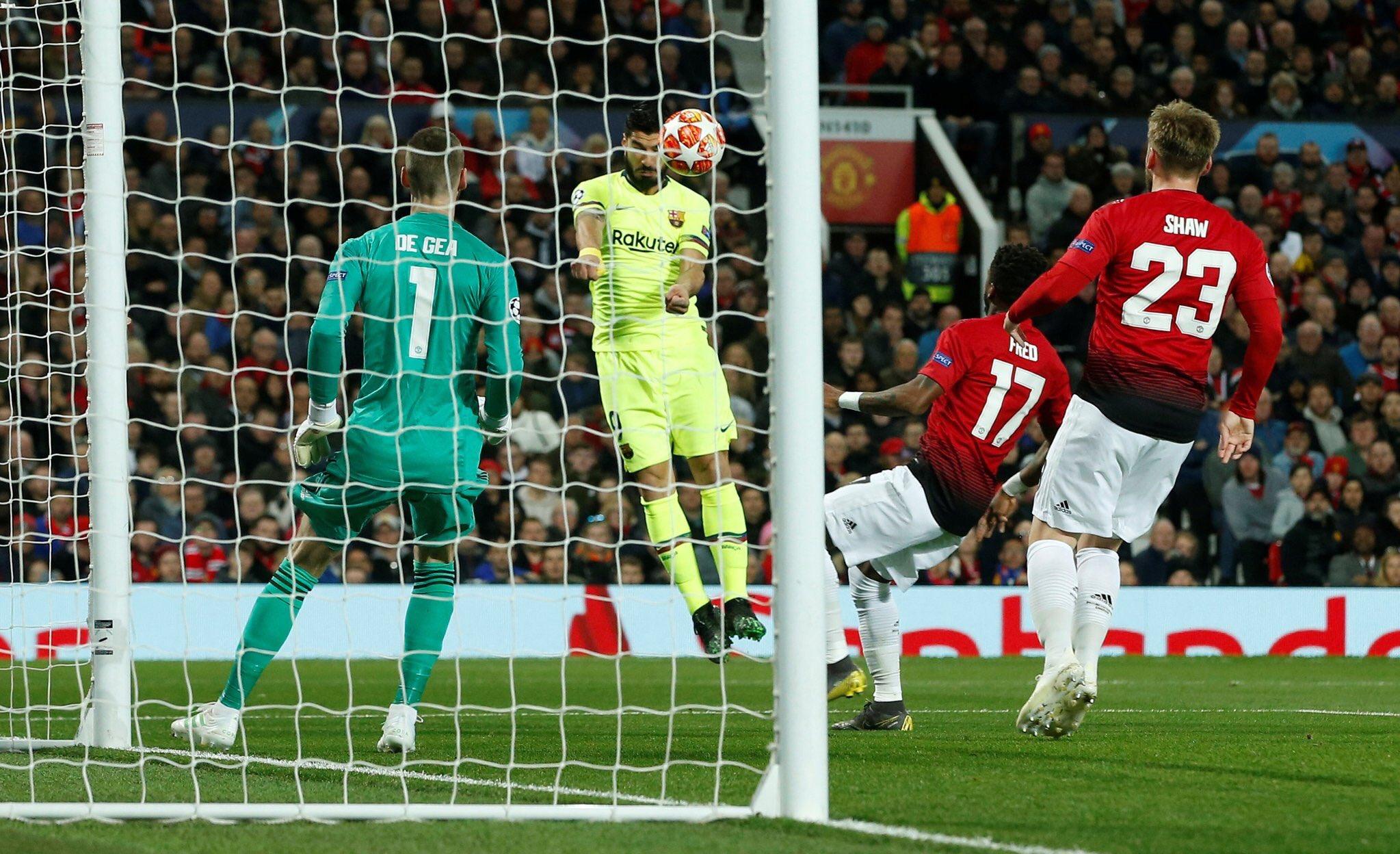 هدف برشلونة الأول في مرمى مانشستر يونايتد - لويس سواريز