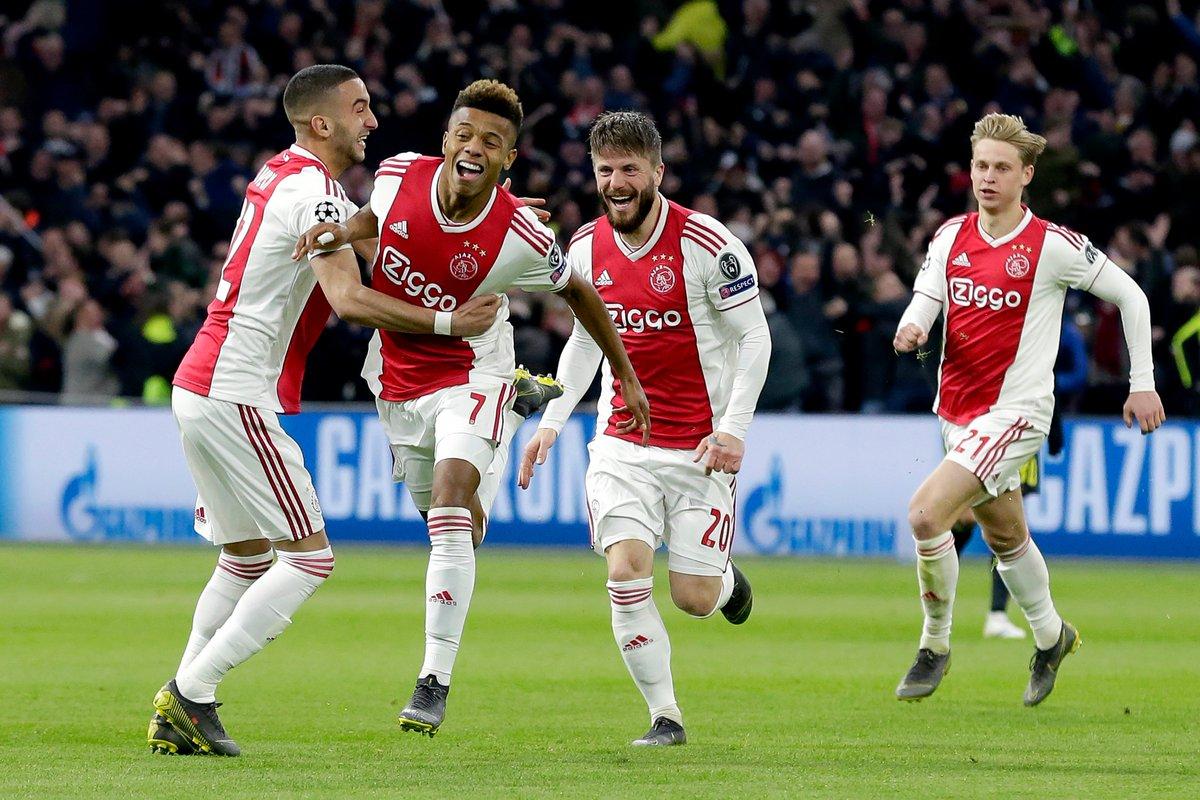 El Ajax festejó con todo el gol del empate en el encuentro