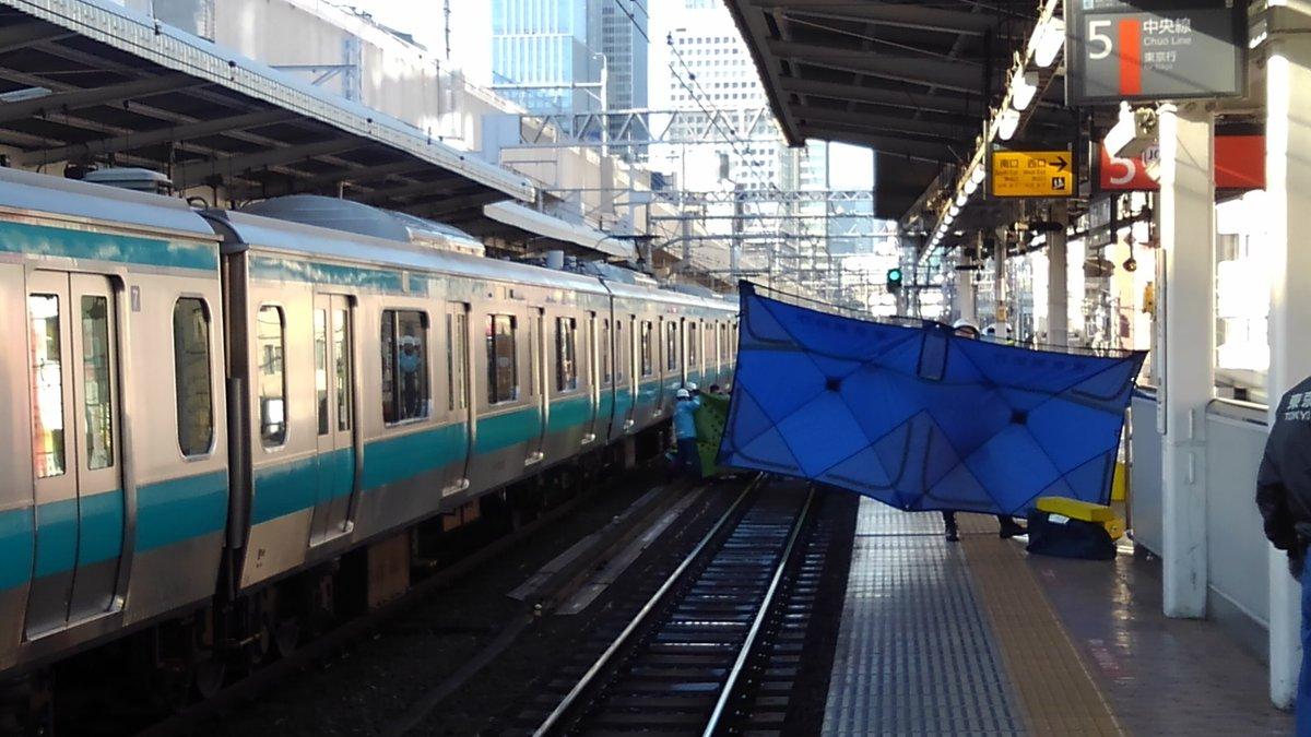 京浜東北線の神田駅の人身事故の現場画像