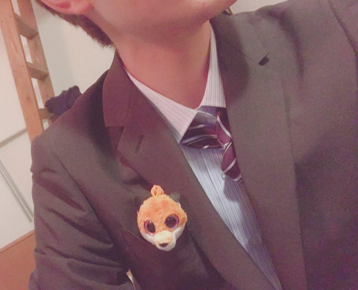 入学式行ってきやした!!!!!5月はセミナーからの夏〜秋にかけて、就活が始まるという専門学校でも就職に特化してる学校やけど、しっかりと勉強していきたいです!!?♂️おさとーより。(どーでもいいけど、佐藤さんが6人学校にいました)