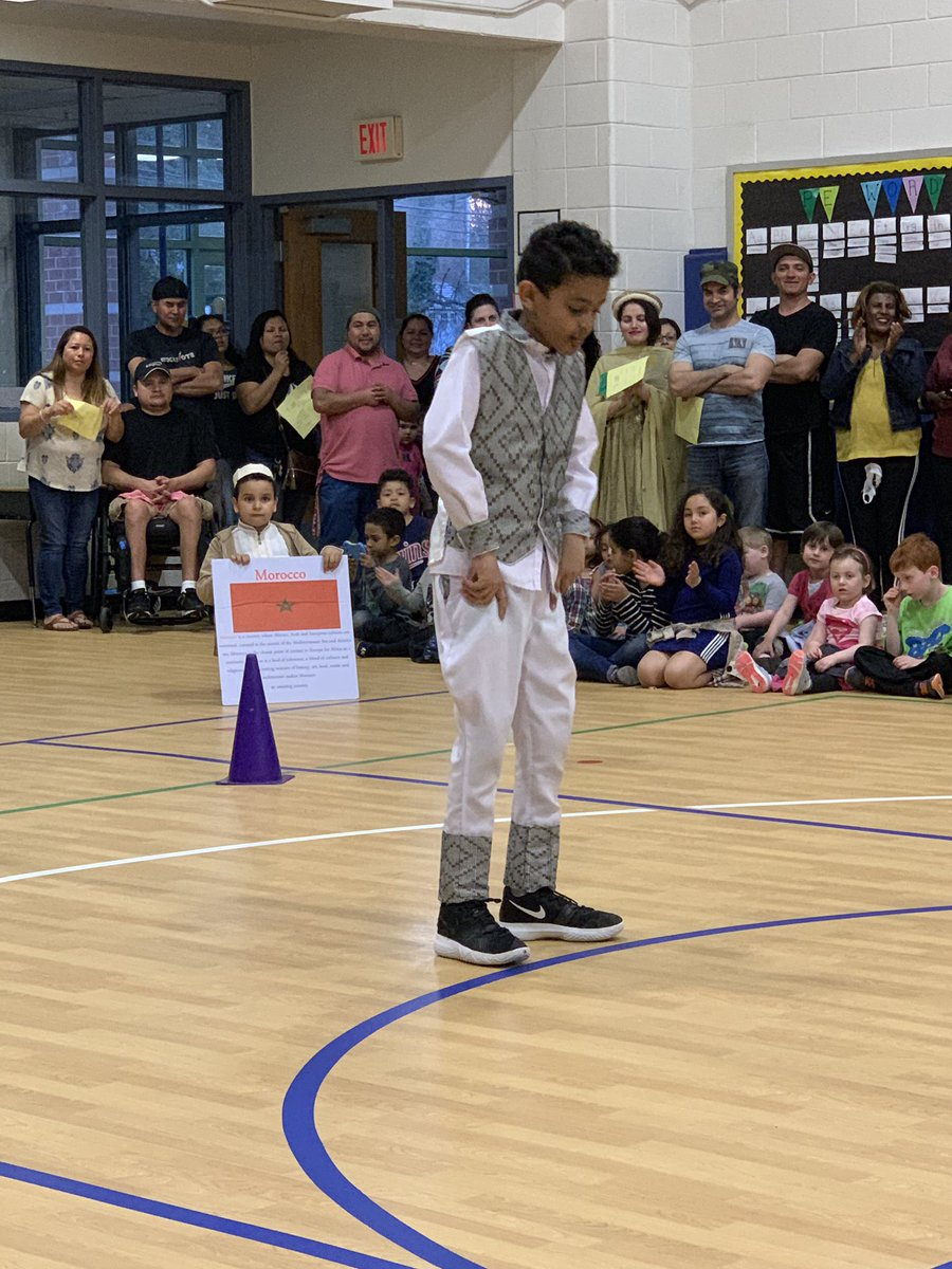 Another awesome multicultural night at Campbell! Loved the celebration of all our heritages here at Campbell❤️! <a target='_blank' href='http://twitter.com/CampbellAPS'>@CampbellAPS</a> <a target='_blank' href='http://twitter.com/campbell_pta'>@campbell_pta</a> <a target='_blank' href='https://t.co/sOmxlIfkJK'>https://t.co/sOmxlIfkJK</a>