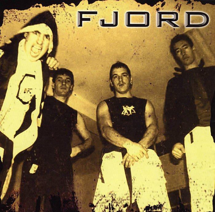 "#gaurkodiskoa ""Fjord"" (Fjord, 2004) 🎧 http://www.badok.eus/euskal-musika/fjord/fjord…"