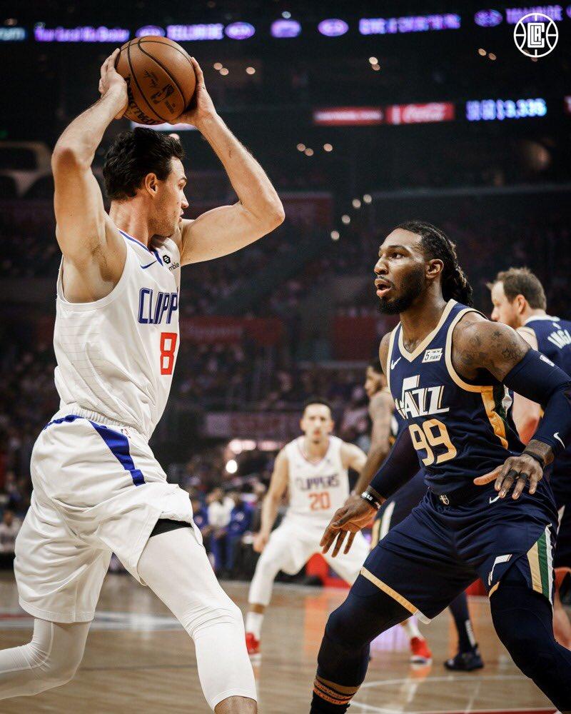 Il modo migliore per chiudere la Regular Season, ora testa ai playoff! 😎🏀 #GoClippers #NBAPlayoffs