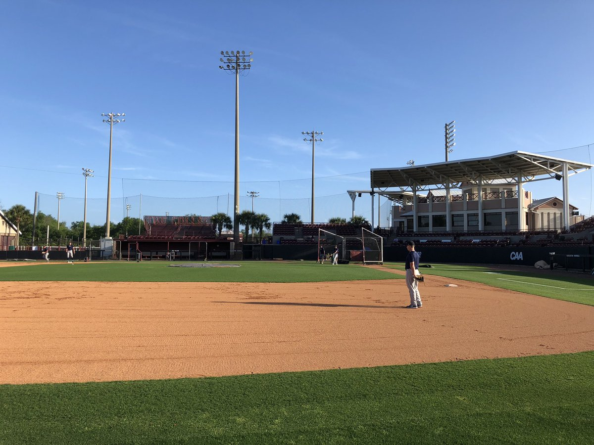 e54161e5f9edee Practice time at College of Charleston. Series begins tomorrow at 5 00 p.m.  CST.pic.twitter.com 4YLKOKu7uz