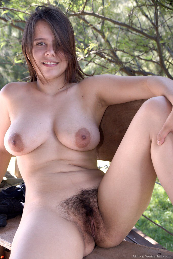 Photo Busty Hairy Teen