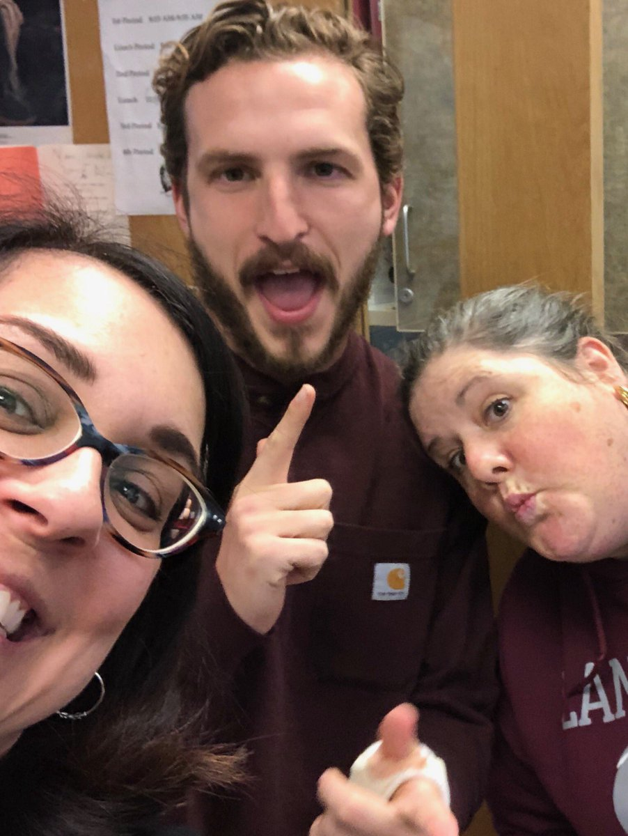 Teachers being silly! <a target='_blank' href='http://search.twitter.com/search?q=ApsisAwesome'><a target='_blank' href='https://twitter.com/hashtag/ApsisAwesome?src=hash'>#ApsisAwesome</a></a> <a target='_blank' href='https://t.co/Wp3hEaHC95'>https://t.co/Wp3hEaHC95</a>