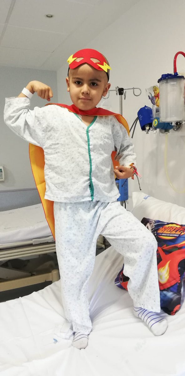 HILO IMPORTANTE: en mi pueblo, Collado Villalba, hay un niño de 6 años, que sufre leucemia desde los 4. Tras una última recaída, se encuentra ingresado en estado grave desde febrero en el hospital Niño Jesús, y los médicos le han dado un mes para encontrar un donante compatible.