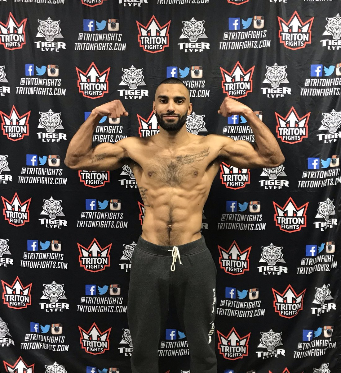 155.0 made weight💪🏽 Tomorrow I go to battle with the bros @realjamaicafunk & @robertrinck 🎫 - Still need tickets? https://tritonfights.ticketleap.com/triton-fights-12/dates/Apr-12-2019_at_0600PM… 📺- Fight Streaming live & free on @brlive   #LIMMA #TeamStock #HKickboxing @tritonfights