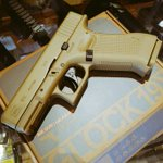 Image for the Tweet beginning: The brand new Glock 19X