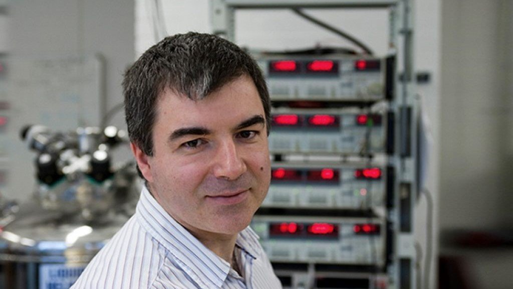 World-class #innovation & #research is driven by world-class minds. Professor Konstantin Novoselov joins @NUSingapore as the first Nobel laureate to be recruited by a #Singapore university. Read about his plans to lead research in intelligent #materials: http://bit.ly/2uTVc5j