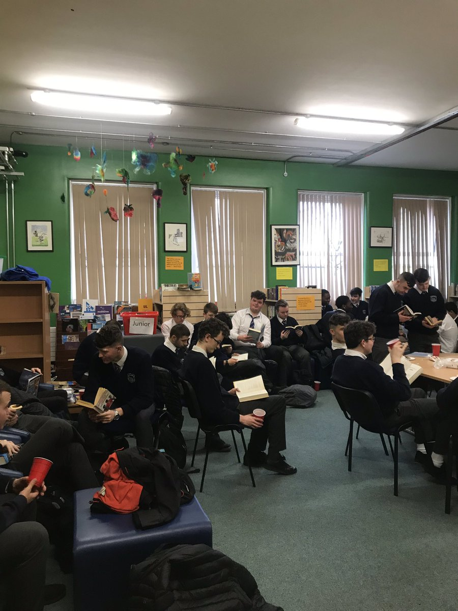6th year book and coffee morning for literacy week. Great way to start the last day of the school term #literacy #books #literacybooks