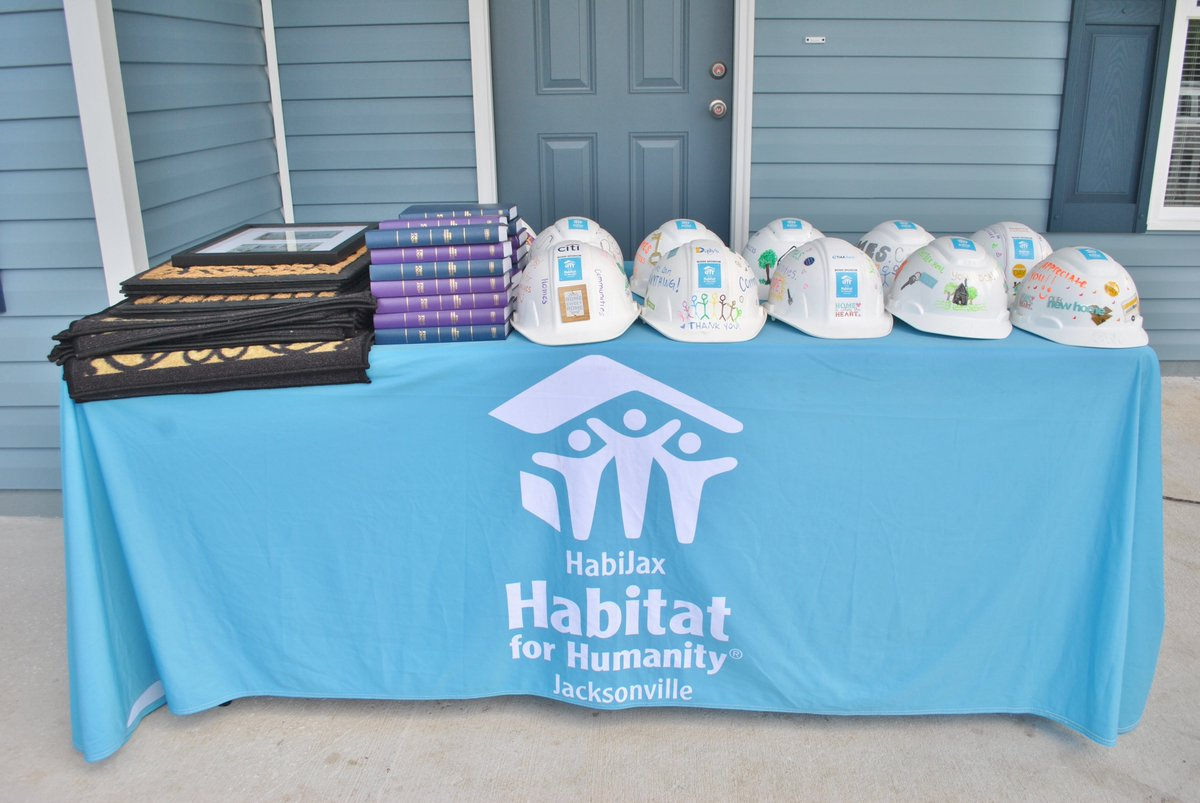 Thank you to everyone who participated in yesterdays HabiJax Dedication and Celebration! We had so much fun dedicating new homeowners and celebrating homeowners who have paid their mortgages in full. #Homeisthekey #Dedication #HabiJax