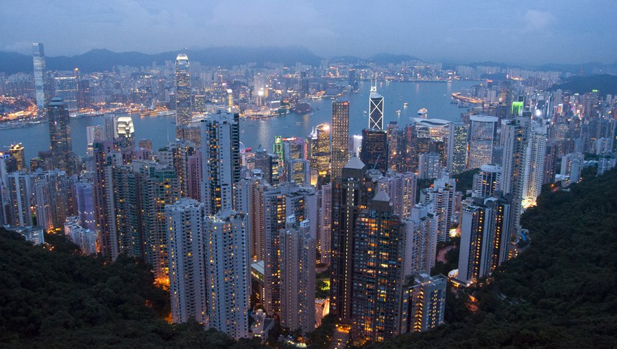 Delighted that my photo of #victoriapeak in #HongKong has been picked from a photo library to be used on a travel website.  #FantasticPlaces @Travel2HongKong @HKTourismUK @discoverhkpic.twitter.com/WZrIPah9Xp