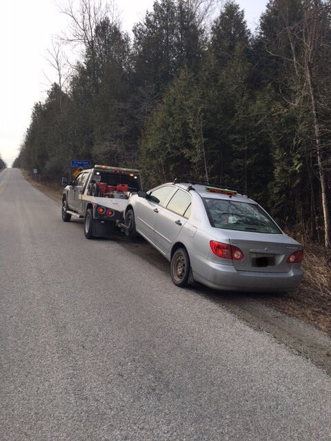 #ruralimpact - at 7:40 am at 1st Line and 25 SR this vehicle was stopped for doing 49 over in a 70 zone; the male driver also failed an approved screening test and was arrested for over .08 - impaired. Halton police will continue our rural enforcement to combat speeders ^pr