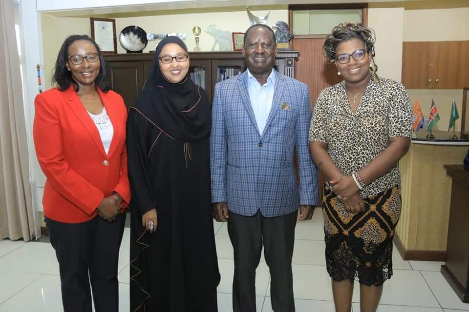 Held discussions with @RailaOdinga in the company of a delegation from EMBRACE, an initiative supporting the Building Bridges Initiative.  In attendance were CAS Public Service @Rachelshebesh & Nairobi County Speaker @BEATRICEELACHI. We plan to take the initiative at county level