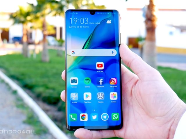 Andro4all's photo on #huaweip30