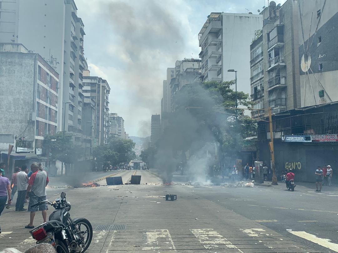 Dictadura de Nicolas Maduro - Página 37 D3AV3UXW0AA2ogu