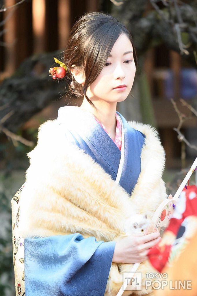 そして佐々木琴子ちゃんのお顔がだいすき。和風美人好きをノックアウトしにきてる。琴子が笑うと私も嬉しい。  pic.twitter.com/wsUVilKAzO