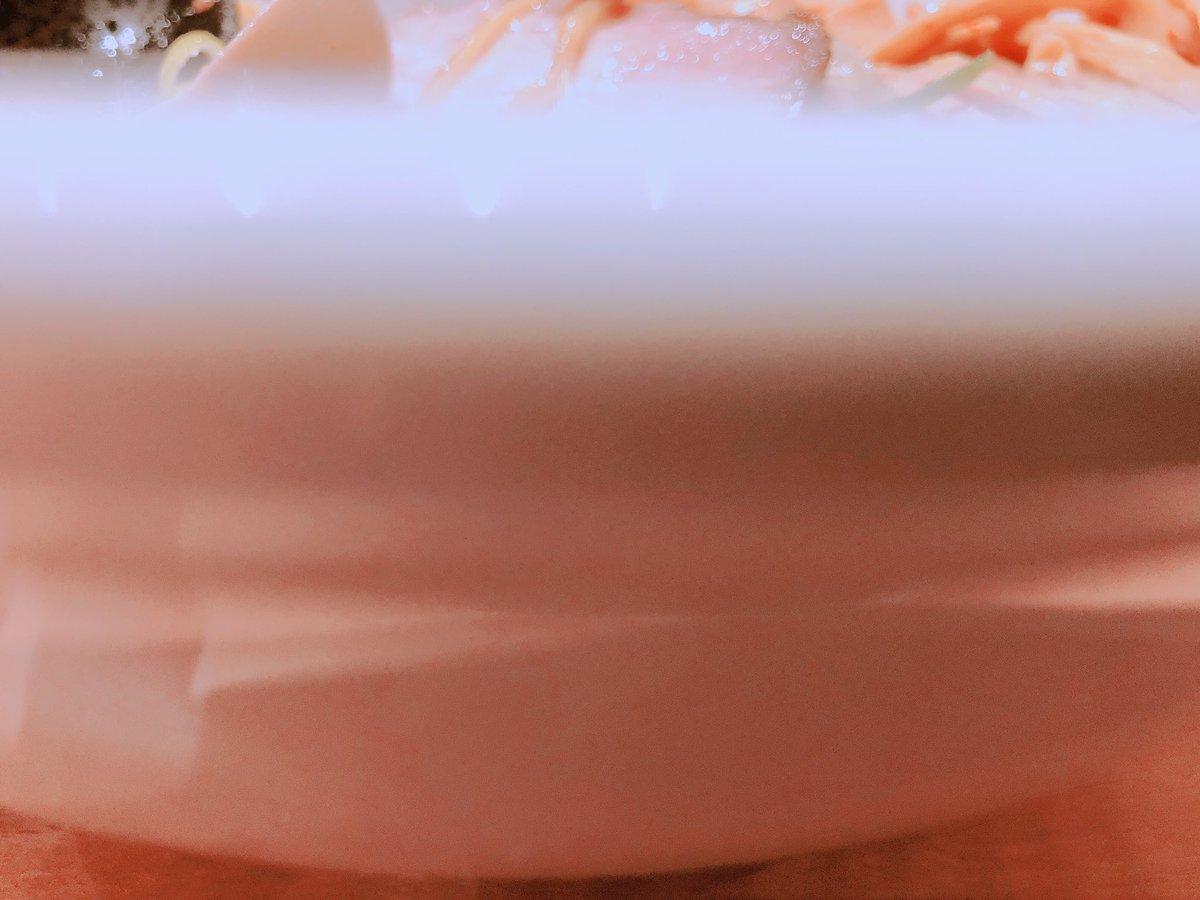 昨日北海道で食べたラーメン美味しかった〜♪( ´▽`)