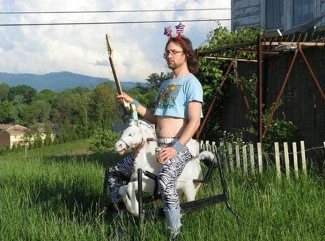 Днем, смешные картинки принц на коне