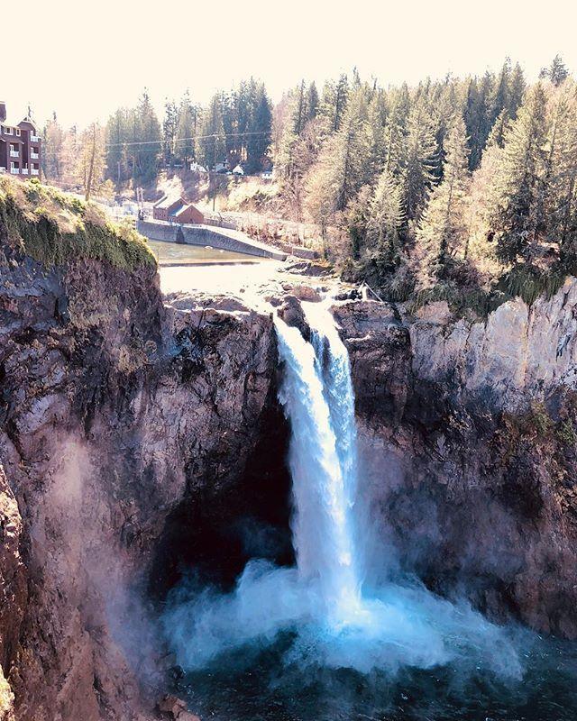 Snoqualmie Falls #snoqualmie #waterfall #waterfalls #seattle #wa #pnw #spring ift.tt/2CMOj9Y