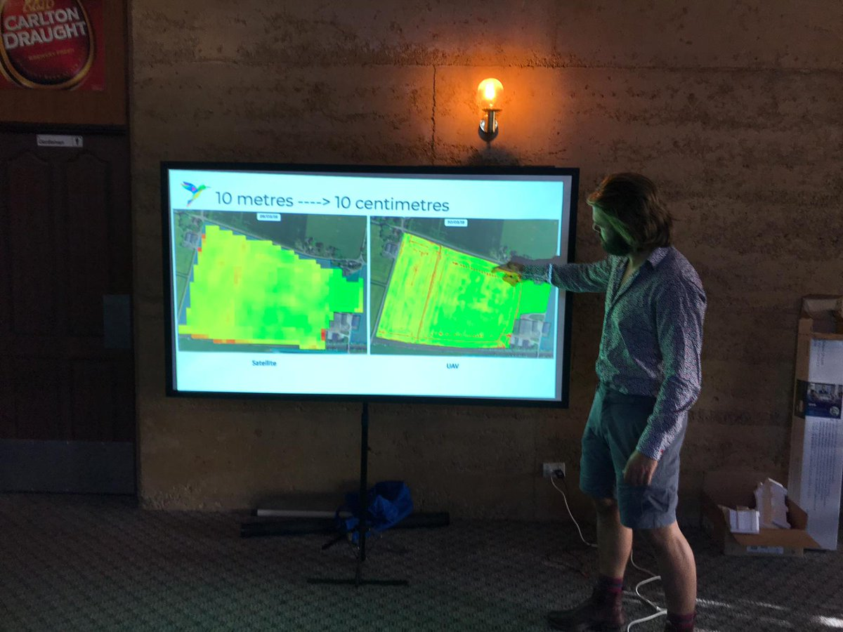 Spot the image that shows areas where the seeder missed. Zack showing the growers in Lake King some of the advantages of higher resolution imagery from UAV vs Satellite. #MachineLearning #LakeKing #WheatbeltTour #AgTech https://t.co/1NjXqysKNQ