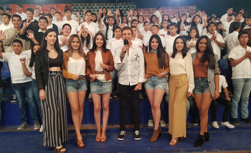 Salvador Nasralla te presenta los mejores juegos y premios en #X0. Entra a #TVCPlay y disfruta de todas las divertidas edicioneshttp://ow.ly/sixc30kKGxq