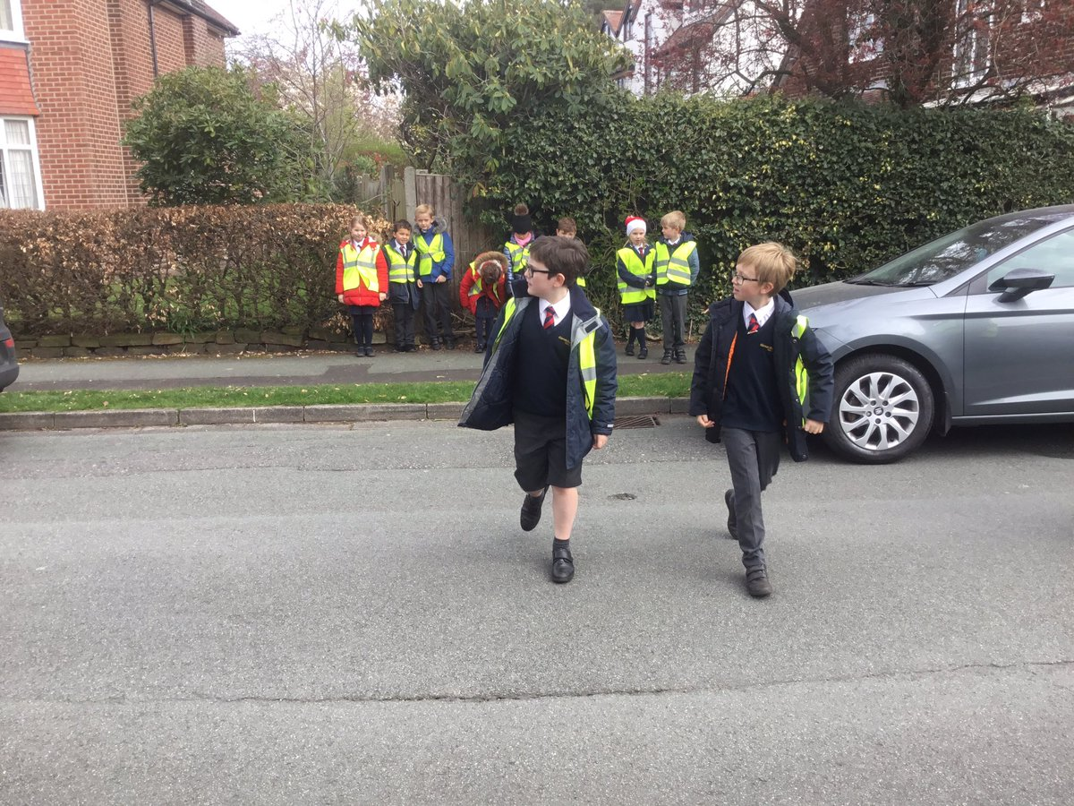 test Twitter Media - Learning how to keep ourselves safe when crossing the road. Stop, look, listen, think.#gorseypshe https://t.co/HiMdpX1ppS