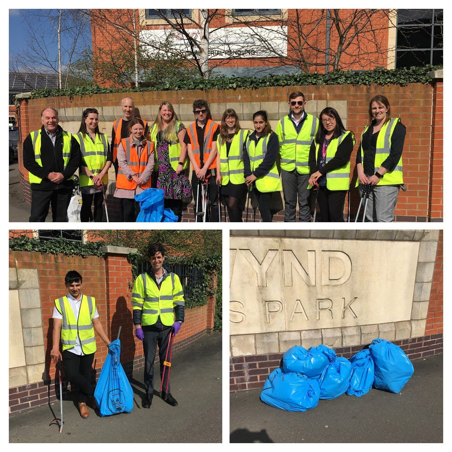 The @AECOM Nottingham office completed a #GBSpringClean last week in the streets around the Chetwynd Business Park. We had a great time and managed to collect six bags of litter in about 20 minutes. Thank you to @broxtowebc for supporting us. @KeepBritainTidy #AECOMBlueprint