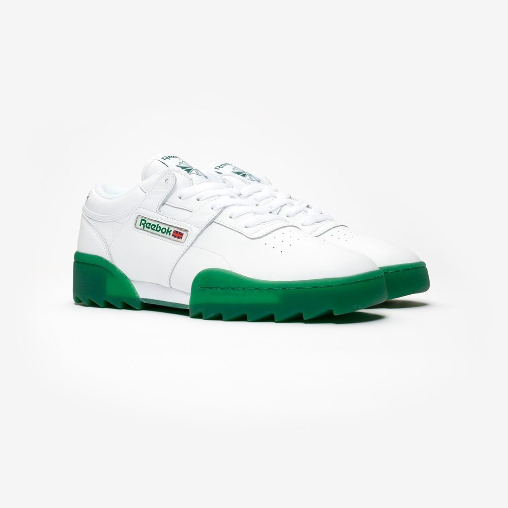 4192d3cf79b The  Reebok Workout Ripple OG is now available online   in-store (all SNS  doors) --- https   bit.ly 2CJuuQZ pic.twitter.com VunphBxiJV