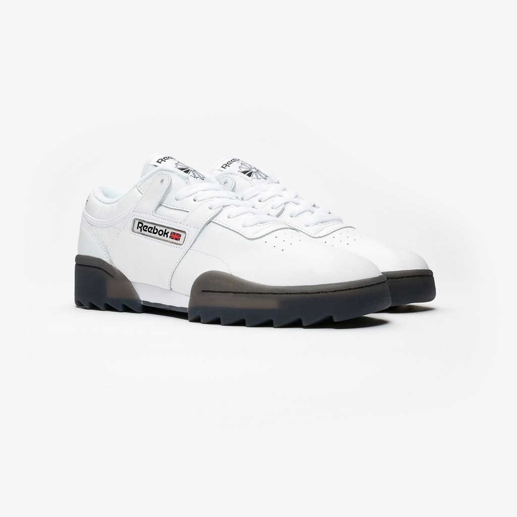 5dbe5e258969de Sneakersnstuff ( sneakersnstuff)