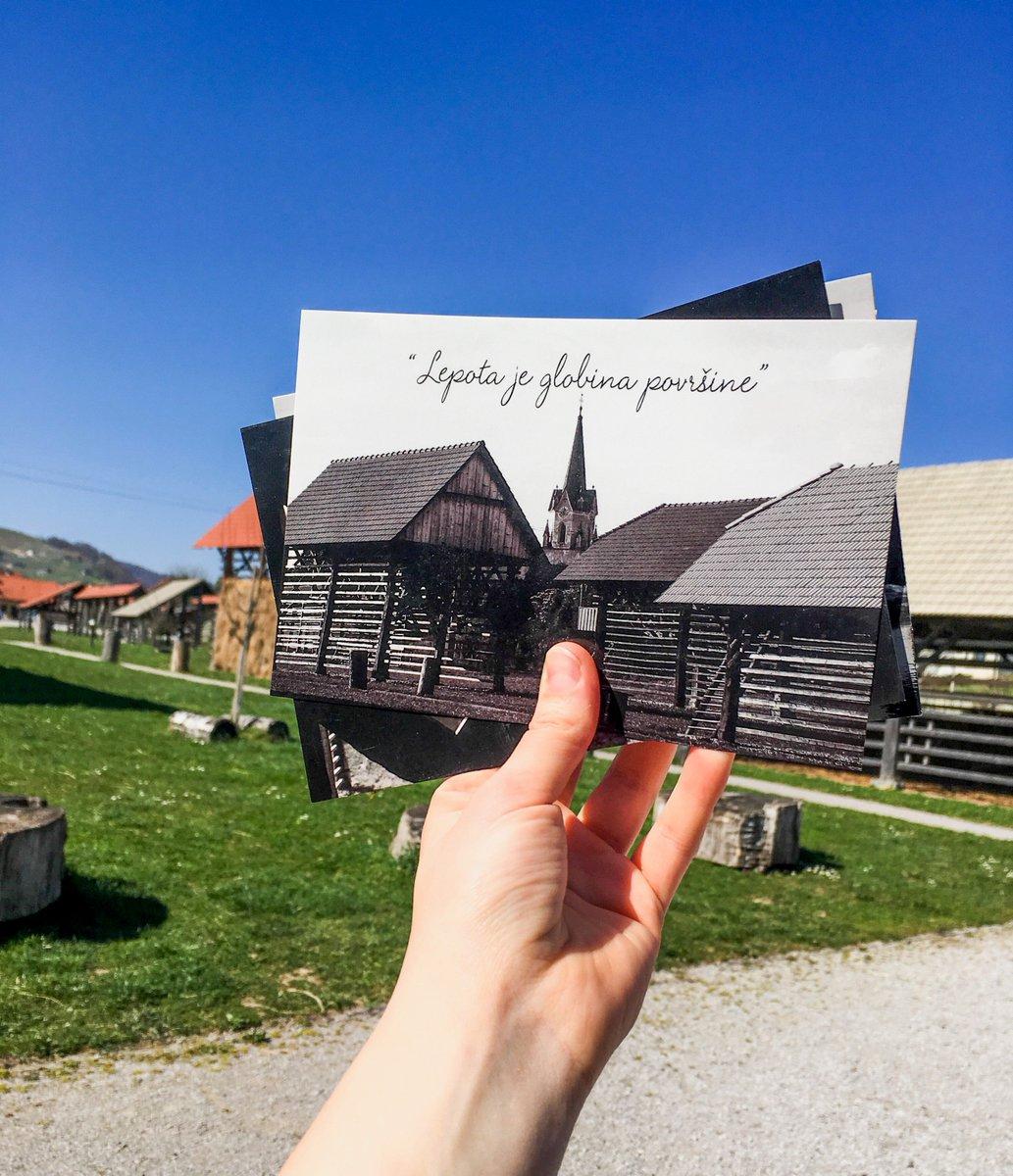Kje pa vi iščete lepoto?? ☀️🐝🍀  #hayracks @ifeelslovenia @Visitdolenjska #nasvetzaizlet #openairmuseum @igslovenia #Slovenia #instapassport #travelog #gooutside #igslovenija #neverstopexploring #tripadvisor #happyplace