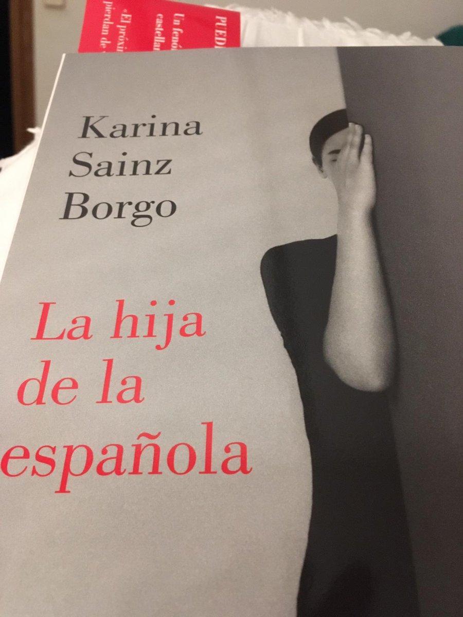 Demà 2 d'abril club de lectura, d'aquest llibre @karinasainz @SigueLumen #girona #llibres #llibreries