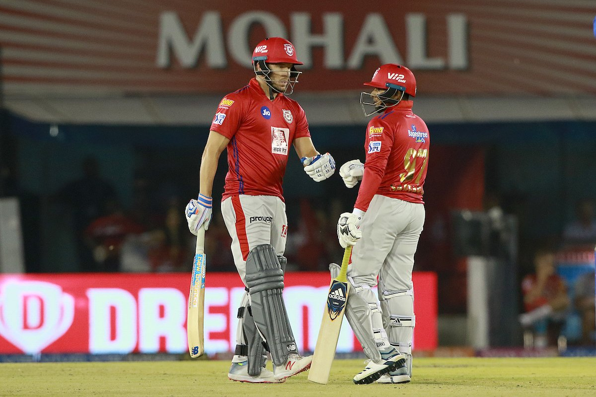 #KXIPvDC - Kings XI Punjab escapes the claws of defeat as S Curran gets a Hat-trick