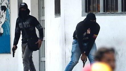 """Artículos sobre el deseo del """"exterminio de chavistas"""" por parte de seguidores de la oposición venezolana D3FJOiMWoAAF4CE"""