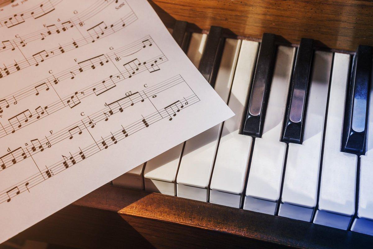 Картинки рояль ноты для