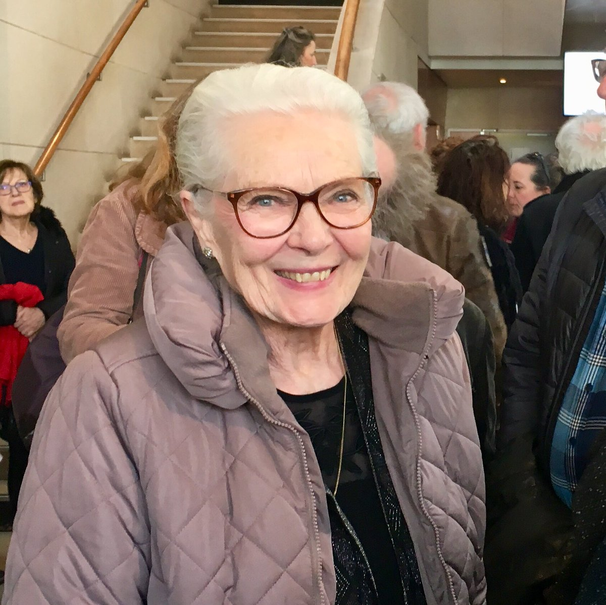 """A magic encounter at the homage to #AgnesVarda held at @cinemathequefr this morning: the great #CorinneMarchand, unforgettable """"Cléo de 5 a 7"""".<br>http://pic.twitter.com/HEUC5B9A5n"""