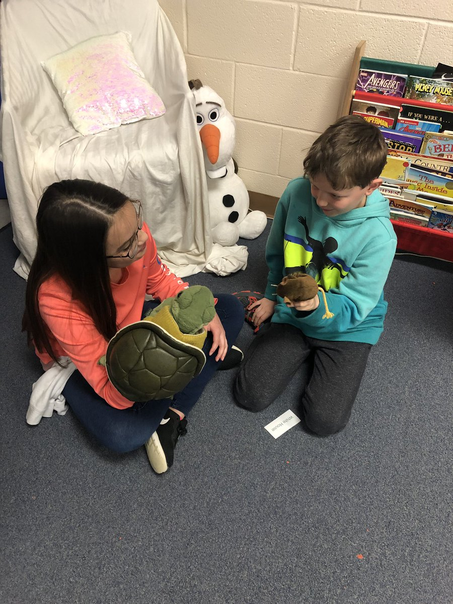 Puppet Partners is a fun, creative activity that my Ss love! They must improvise dialogue according to the randomly selected setting! Thanks @robinson_ef for the grant several years ago! #Robinsonisd #risdres @ElemRob