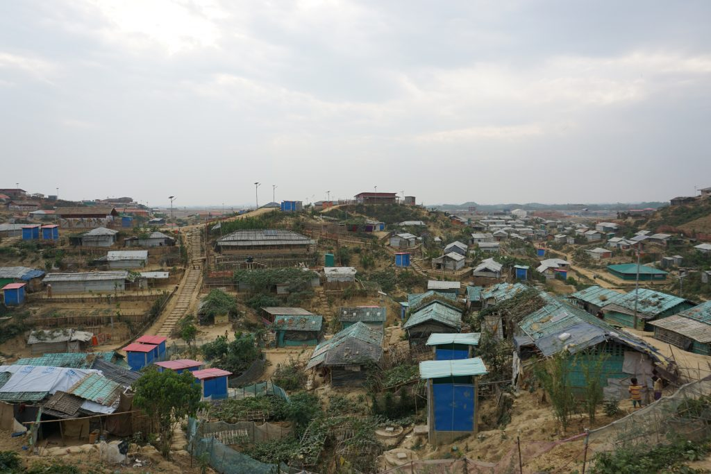 """#Bangladesh ACTED's teams, in partnership with the international #humanitariancommunity, are working to reunite families that may have been separated upon arrival in #Bangladesh's """"mega camp"""" Kutupalong. 👉http://bit.ly/2FI5wCi"""