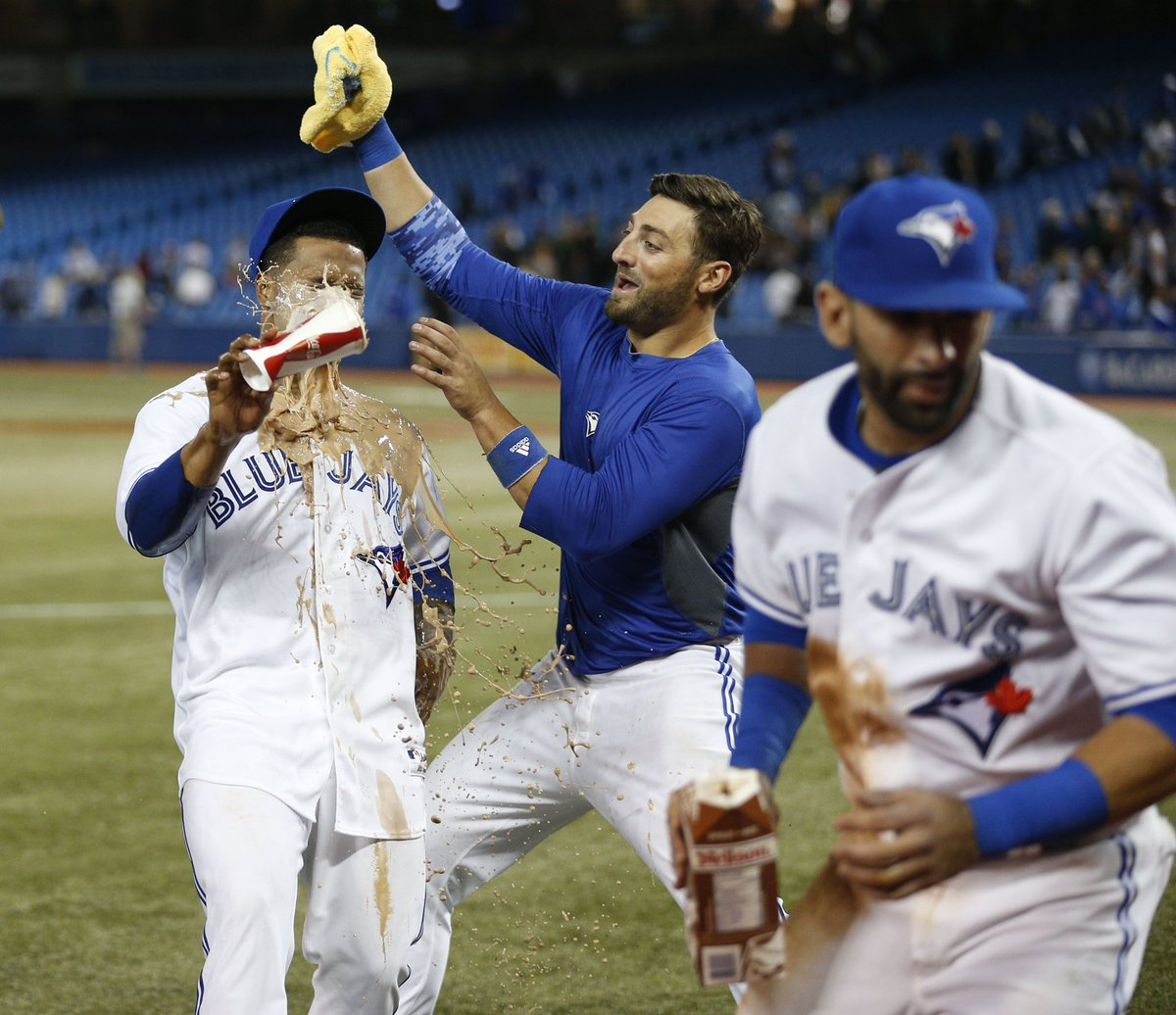 This one hurts. Been my locker-mate since 2014. Going to be crazy not having you there. Love you bro. Hope this move brings you joy and happiness for you and your family! @KPILLAR4 https://t.co/SxenMky7RD