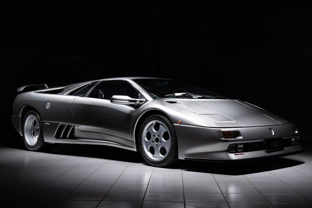 1996 Lamborghini Diablo SE30 #lamborghini #1996 #diablo #carszene #carslover #cars247 #carspot #carsales #carsinstagram #carspushingthelimits #carsgasm #carsofinsta #carsofig #CarSeat #carshows #carscene #carsketch #carservice #carspotterspic.twitter.com/VWVU7Mt4cS