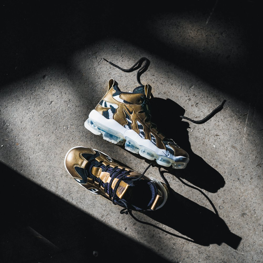 aa976e1f264  Metallic Field   Nike Air VaporMax Gliese Now Available OnlineS and In  Stores  metallic  field  vapormax  gliese  black http   ow.ly aiSt30nU0Vo  ...