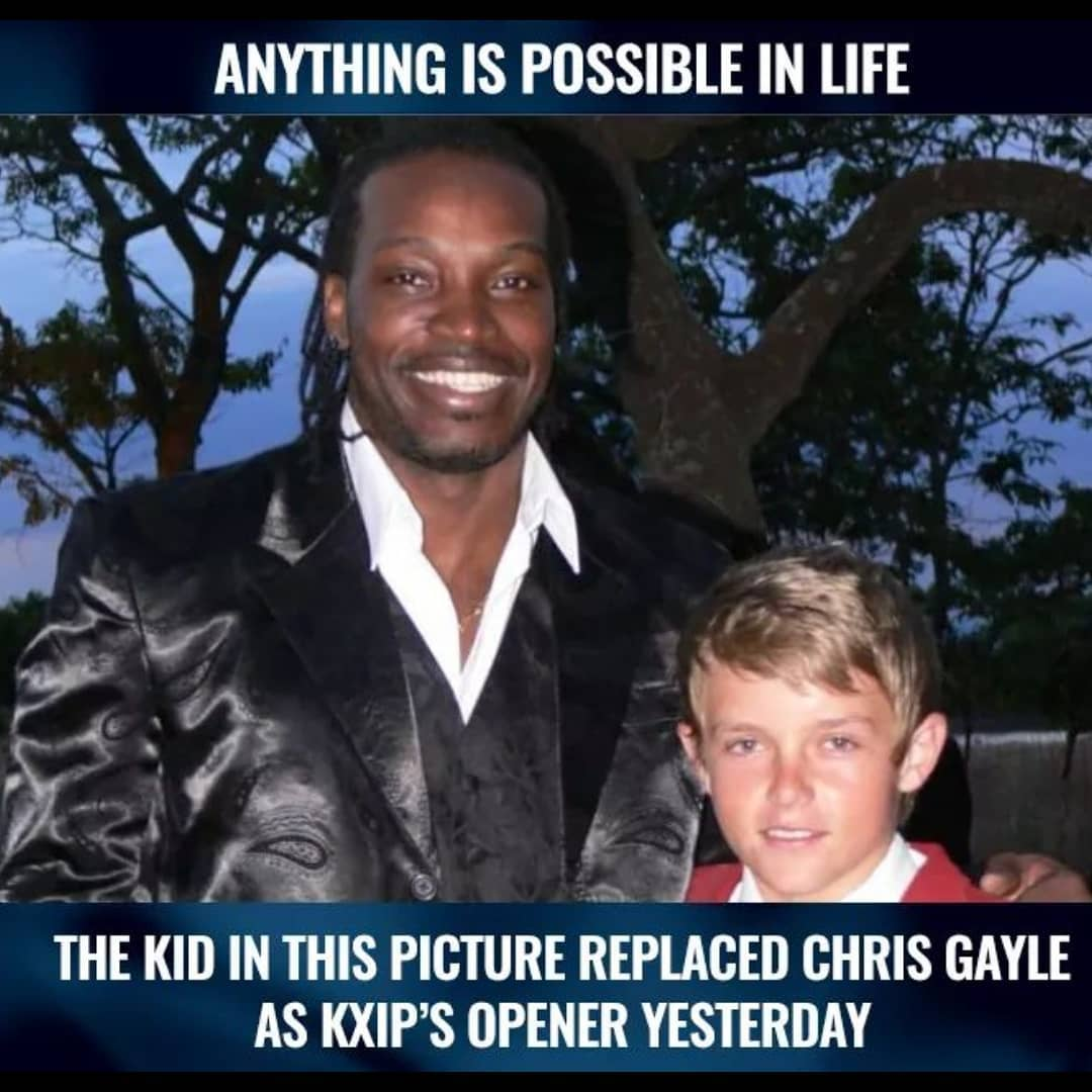 Love this!! Well done young @CurranSM replacing #universeboss @henrygayle and coming up with such a great performance.  #VIVOIPL2019 #chrisgayle #SamCurran #KXIP #IPL