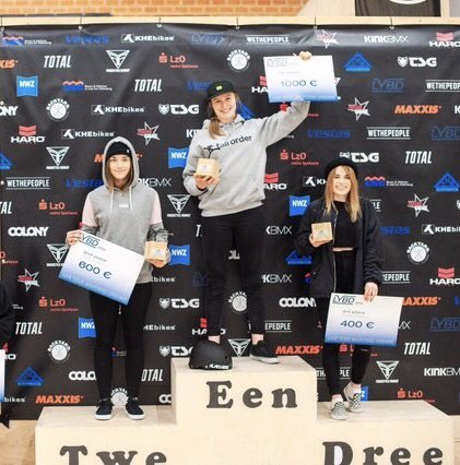 🇩🇪EEN! Stoked to grab 1st at the Backyard Skatepark C1 event🥇Well done everyone! Thanks @britishcycling 🇬🇧 👇🏻 @tallorderbmx #tallorder @alansbmx #alansbmx #oldenburgcity #britishcycling #bmx #bmxgirl