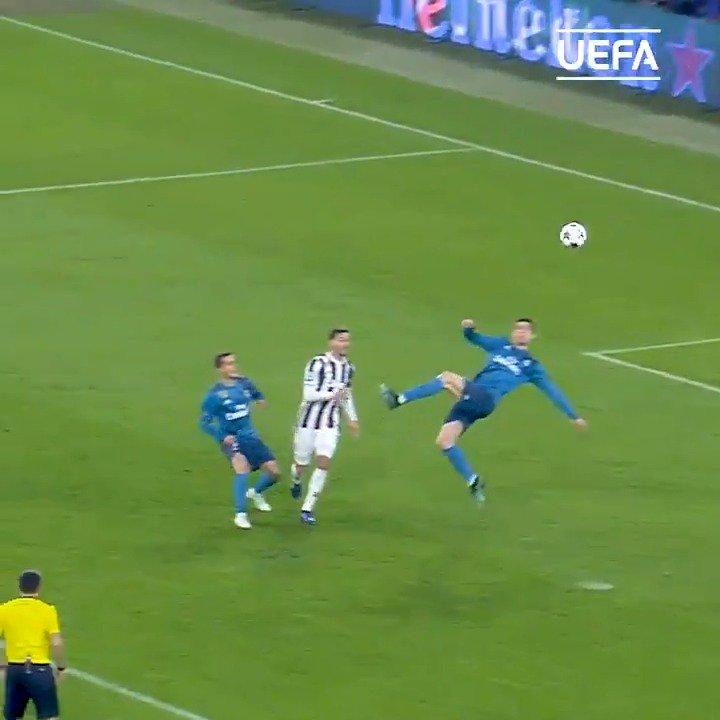 #RealMadrid 🇪🇸 | Mira este TREMENDO GOLAZO de chilena de Cristiano Ronaldo 🇵🇹 frente a #Juventus 🇮🇹. ¿Cómo terminó el partido de la #UCL 🏆? Victoria de los Merengues por 3-0 frente al actual equipo de CR7.