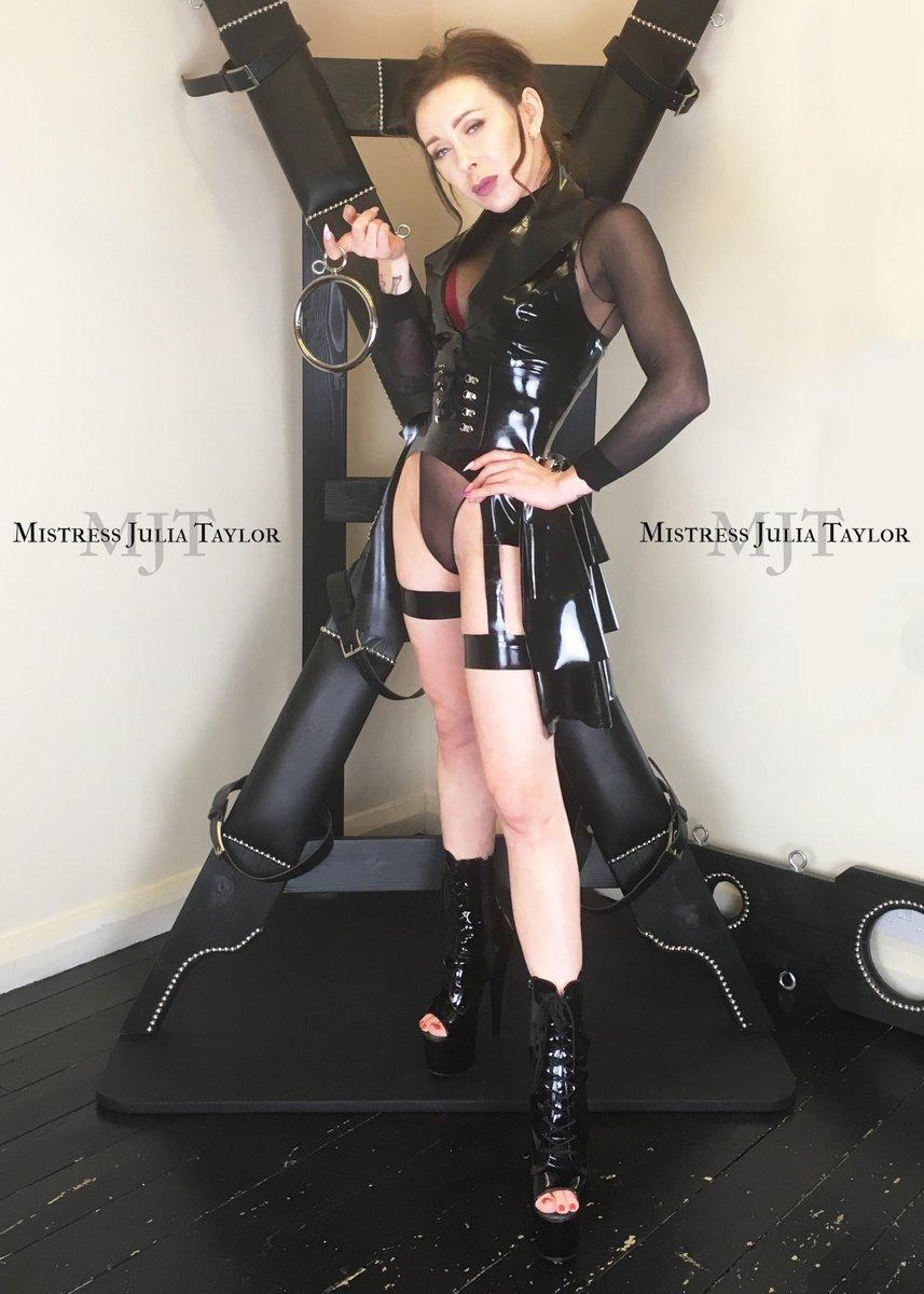 Meet Sexy Widows Super Tight Pussy