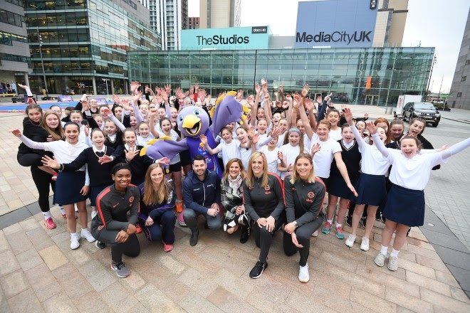What a great way to celebrate 1️⃣0️⃣0️⃣ days until the World Cup lands in Liverpool. 🎊Thank you to all the school girls who took part 💪🏻@traceynev @danryan @missgibsonx @ECardwell11 @clairebrownie10 #ThisIsNetball #100DTG