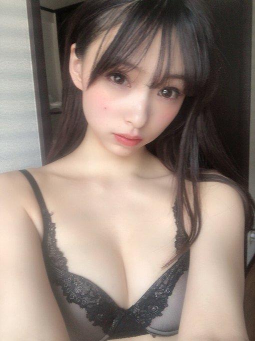 グラビアアイドル鶴巻星奈のTwitter自撮りエロ画像43