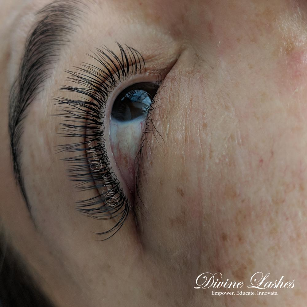 4cb4098cbf3 Before booking you can even check out our blogs that talk about the  different full sets and our lash techs! http://ow.ly/Xqe350oUuGg pic.twitter.com/  ...