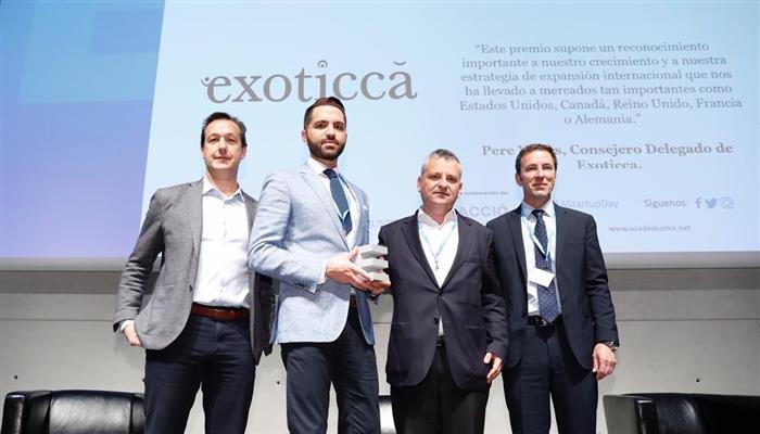 .@Exoticca_ES rep el premi a la millor #startup de l'any, atorgat per @ESADEAlumni i @BStartup de @BancSabadell en el marc de la celebració de la jornada #EAStartupDay https://sab.to/2KcsJSO